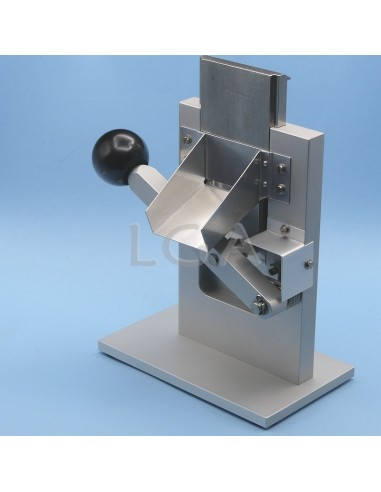 Device for sealing aluminium tubes